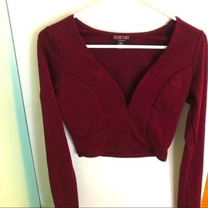 4/$20Sirens Burgundy Plunging Crop Long Sleeve Top